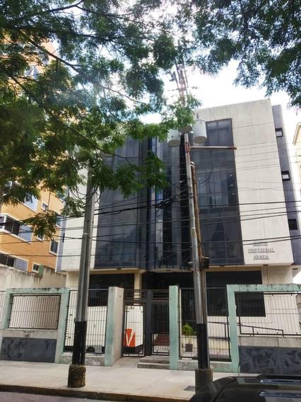 Se Vende Oficina En El Centro Profesional Aragua