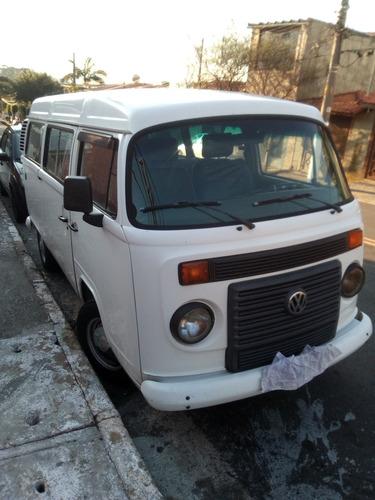Imagem 1 de 10 de Volkswagen Kombi 2011 1.4 Standard Total Flex 3p
