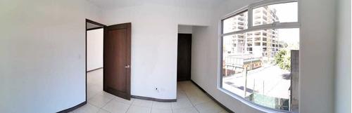 Imagen 1 de 5 de Apartamento En Renta Y Venta En Zona 7 Portico