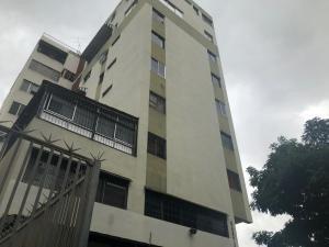 20-11817 Hermoso Apartamento En Chacao