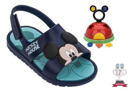 Sandália Infantil Minnie/mickey Mouse Brinde Brinquedo Grendene Kids Calçado Para Meninas E Meninos