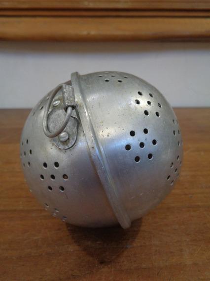 Antiguo Colador Infusor Esfera De Aluminio