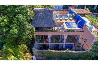 An Exclusively Intimate Villa In The Heart Of Puerto Vallarta