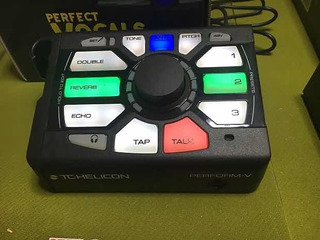 Procesador Vocal Tc Helicon Perform V