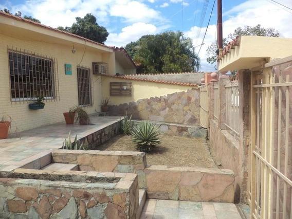 Casa En Venta Parapara Los Guayos Carabobo 204842 Jcs