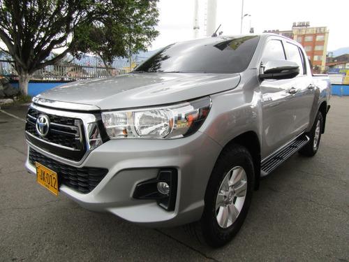 Toyota Hilux 2400 4x4