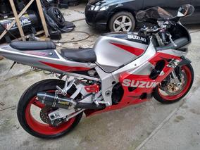 Suzuki Gsx-r 750 Srad 2001 C/ Reparos No Motor