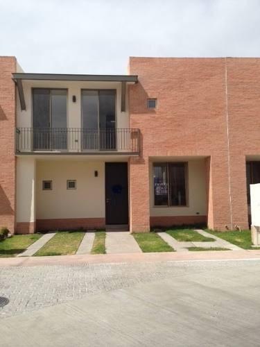 Se Vende Casa En Fraccionamiento Puerta De Piedra, Corregido
