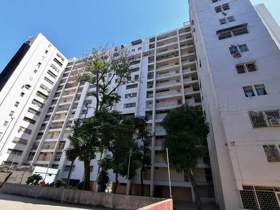 Apartamento En Venta En El Valle Rent A House Tubieninmuebles Mls 20-9127