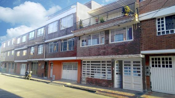 Vendo Casa En El Barrio Santander 250 Mts