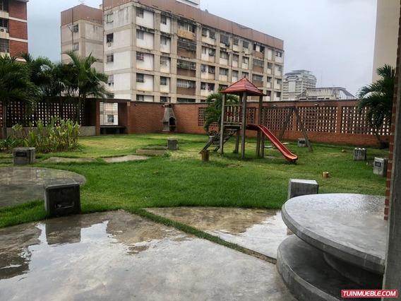 Apartamento En Venta - La Candelaria (norte) - 04143058085
