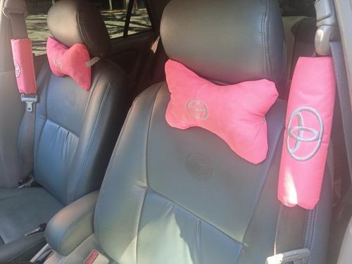 Kit Apoya Cabeza Y Cinturón Seguridad Rosado  Toyota