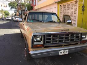 Pick Up Dodge Ram 1982, Seis Cilindros, Placa Antiguo