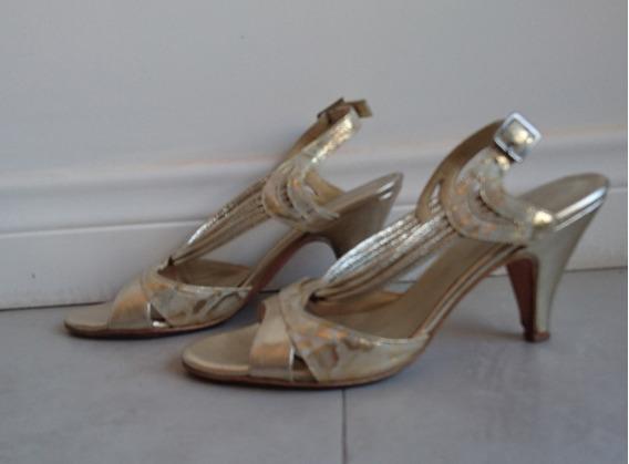 Sandalias Blaque. Cuero. Talle 35. Color Dorado/champagne