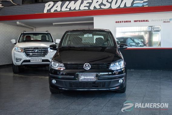 Volkswagen Fox 1.6 Highline 2014 Financio / Permuto
