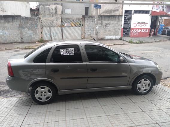 Corsa Sedan Maxx 1.8 + Gnv