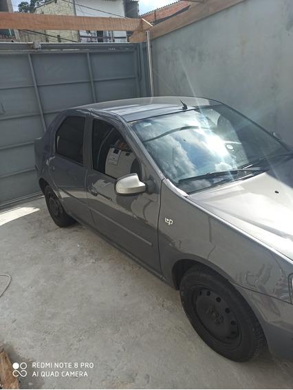 Renault Logan 1.0 16v Up Hi-flex 4p 2011