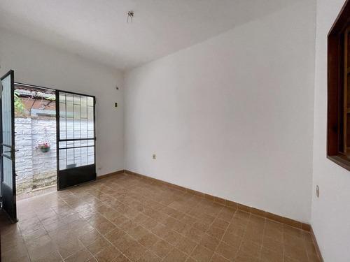 Alquiler Apartamento 2 Dormitorios En  Pocitos Nuevo