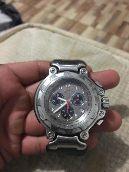 Reloj Oakley Stainless Steel 10 Bar Sapphire Crystal Usa