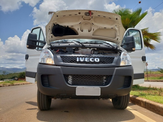 Iveco Daily 70c17 4x2 Ano 2018/2019 3/4 Estado De Zero Km