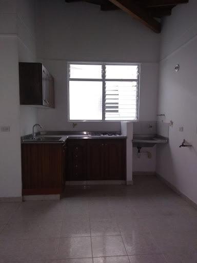 Apartaestudio En Arriendo Sabaneta 447-9283