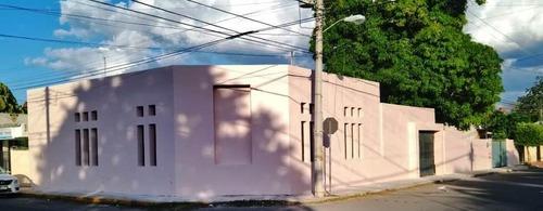 Oficinas En Renta, En Esquina En La Garcia Gineres