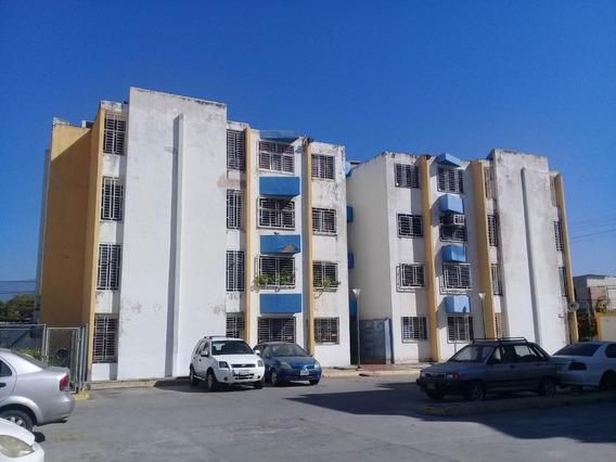En Venta Confortable Apartamento En La Morita Cod 20-3494 Sh