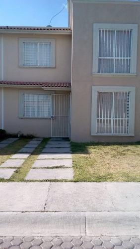 Rento Casa En Fracc. La Esperanza Cerca De Zona Plateada