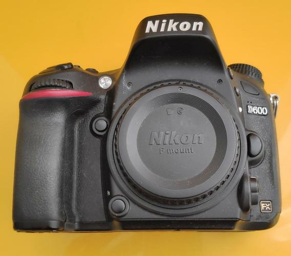 Câmera Nikon D600 + Bateria + Carregador