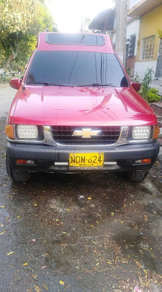 Chevrolet Luv Cabinada 9 Pasajeros