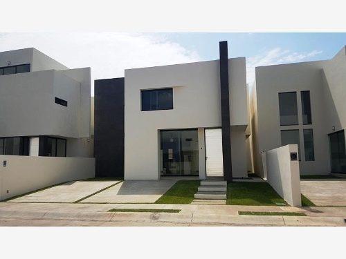 Casa Sola En Renta Fraccionamiento La Cañada