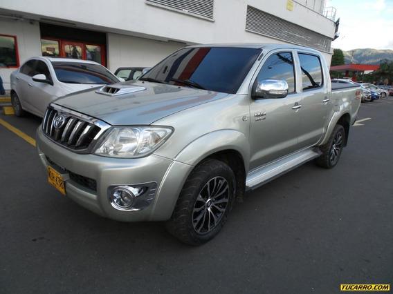 Toyota Hilux 4x4 Dc