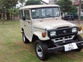 Jeep Toyota Bandeirante Curto 3.7 3p 5 Lugar 4x4