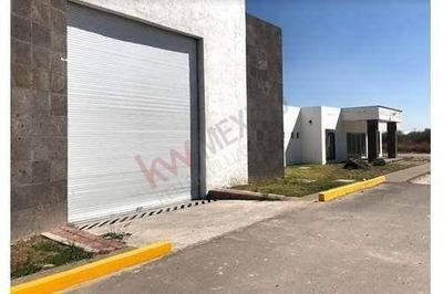 Bodega En Renta, Naves Industriales En Renta. Zona Industrial. Av Cfe. Precio En Pesos Mexicanos.