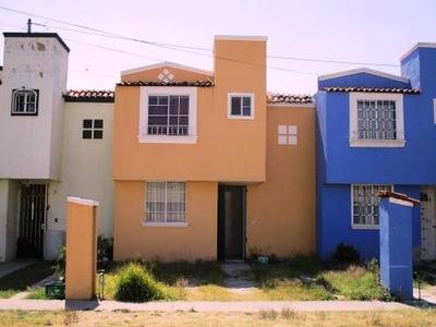 Casa En Venta En Villas De La Hacienda 3 Recamaras