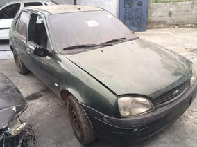 Sucata Ford Fiesta Gl Classic 01/01 Para Retirada De Peças