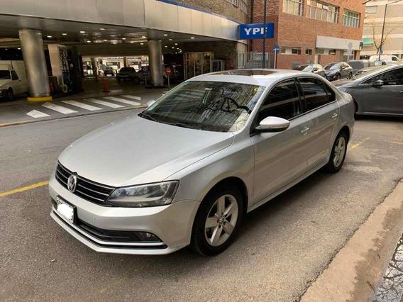 Volkswagen Vento 2.5 Advance Plus 170cv 2015