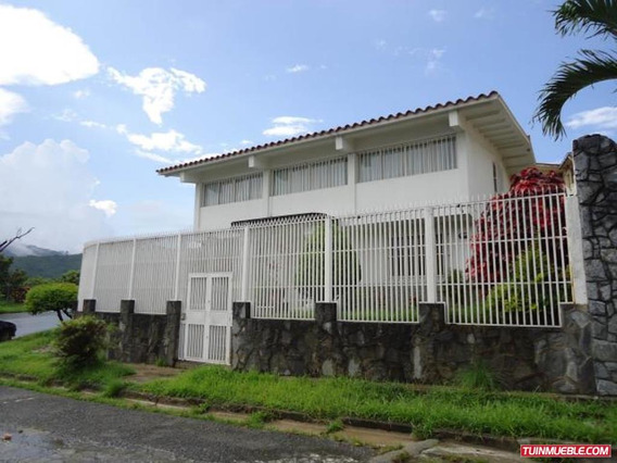 Casas En Venta En Clnas De Vista Alegre Mls #19-654