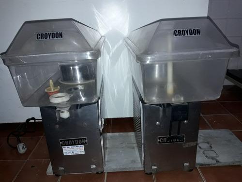 Imagem 1 de 3 de Refresqueira Máquina Suco Croydon 20 Litros 220v