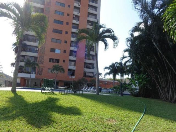 Apartamento En Venta El Bosque Mz 19-6824 Tlf.04244281820