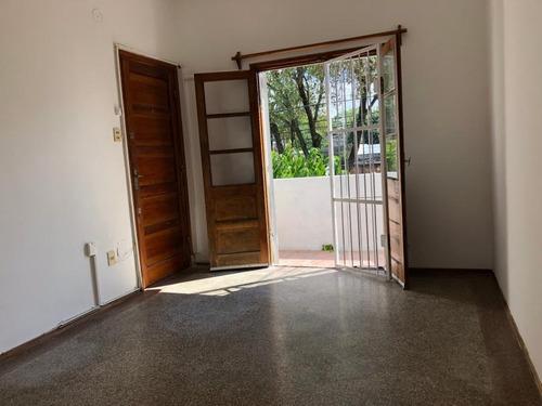 Venta Apartamento En Buceo De 1 Dormitorio Con Renta
