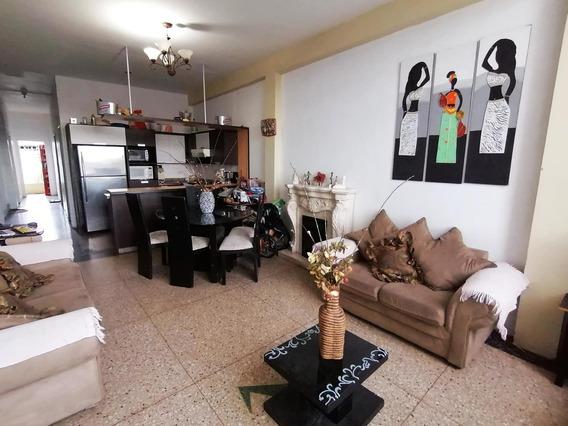 Apartamento En Venta Centro Barquisimeto 20-106 Jcg