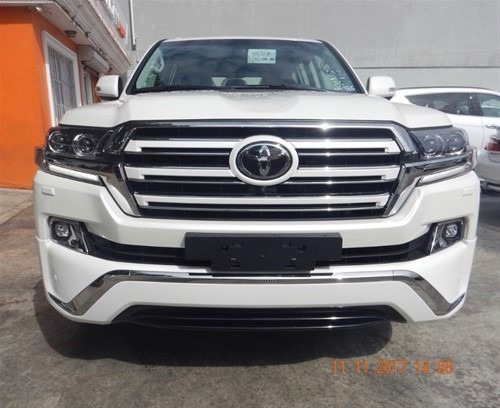 Toyota Land Cruiser Vip