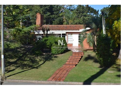Casa En Venta  Zona  Mansa Punta Del Este  Con Renta - Ref: 1006