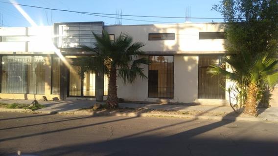 Se Vende Casa Con Local Gran Oportunidad 3 Recamaras 1 Baño.cochera 1 Carro Con Porton .