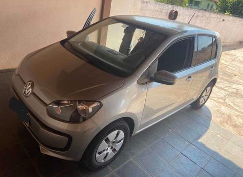 Imagem 1 de 6 de Volkswagen Up! 2015