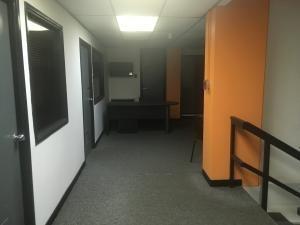 Oficina En Alq. Sector Las Mercedes #20-1132 Sumy Hernandez
