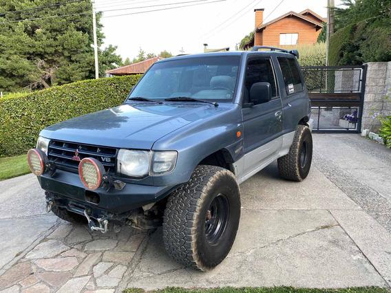 Mitsubishi Montero V6