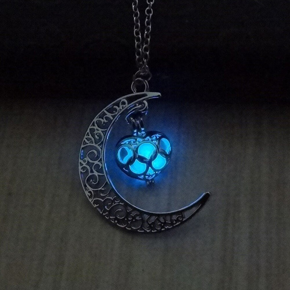 Colar Pingente Metal Meia Lua Fluorescente Brilha No Escuro