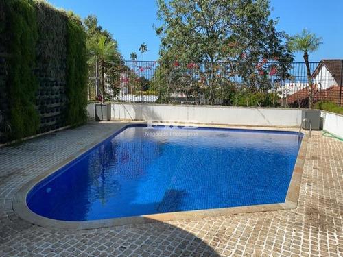 Magnífica Casa, Projeto Oscar Niemeyer, 4 Suítes, Amplo Jardim, Segurança - 2044007003 - 68856703